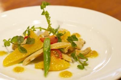 ミル貝とオレンジのサラダ
