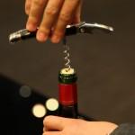 ワイン(コルク栓)の開け方。ソムリエナイフでスタイリッシュに抜栓しよう!