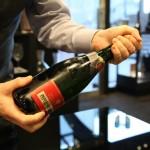 シャンパン(スパークリングワイン) 音を立てないスマートな開け方3つのポイント
