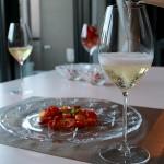 オーブンで簡単、シャンパンがすすむドライトマトの作り方